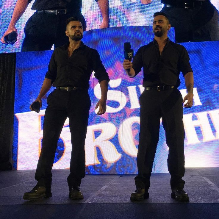 """It is now time to introduce YOUR #WWEChampion... ""  #WWEOdessa @gurvsihra_wwe @harvsihra_wwe"