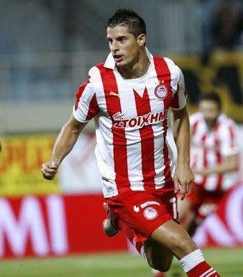 Mirallas Kevin Antonio Joel Gistain y Castillo (ή Kevin Mirallas). Liege. Belgium. (1987). Πλάγιος μέσος.Από το 2010 ~ 2012. (52 συμμετοχές 34 goals).