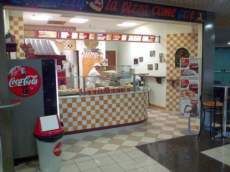 Europizza - Orari: Lun-Ven 9.00-20.00 - Pizzeria al Trancio. Disponibile a variazioni speciali per eventi. Studenti e tesserati Rugby Rovigo offerta 1spicchio+1 lattina a 3,00 euro. #pizza #pizzatrancio #rovigo
