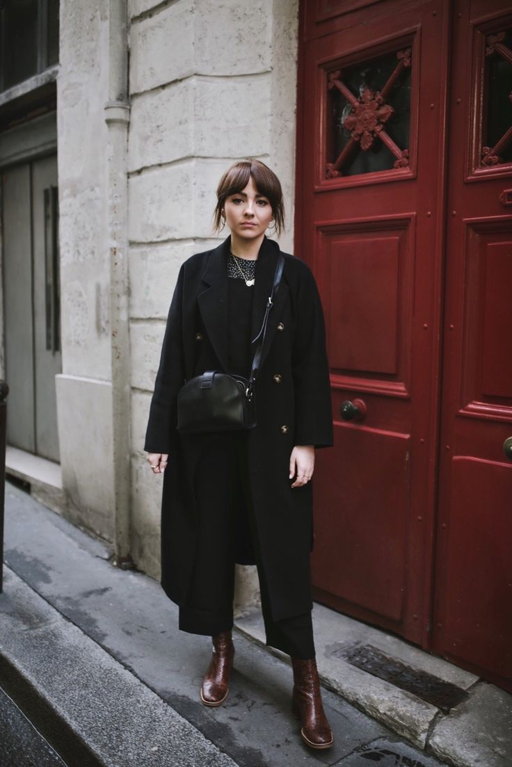 THE PERFECT BLACK OVERALLS & VISITING L'APPARTEMENT SEZANE