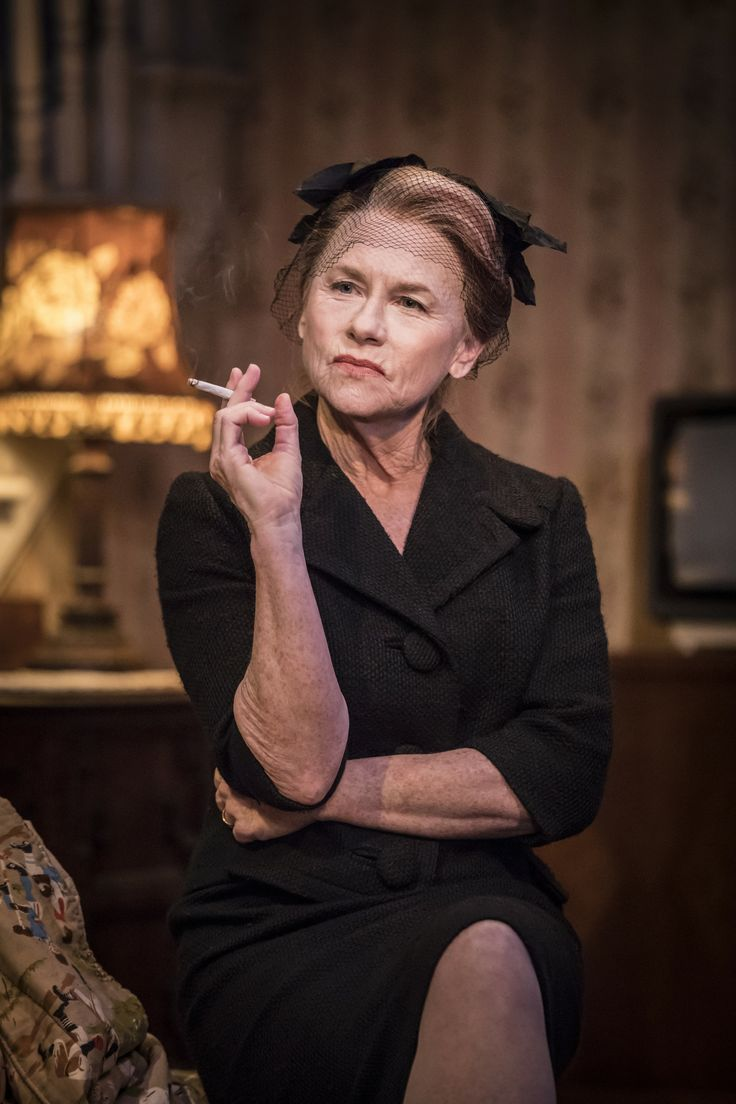 Amy Madigan in Buried Child, Trafalgar Studios, photo Johan Persson https://www.fromtheboxoffice.com/3LM9-buried-child/