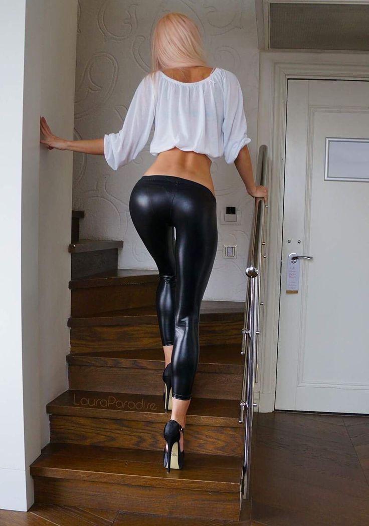 Me? You hot girls in spandex leggings