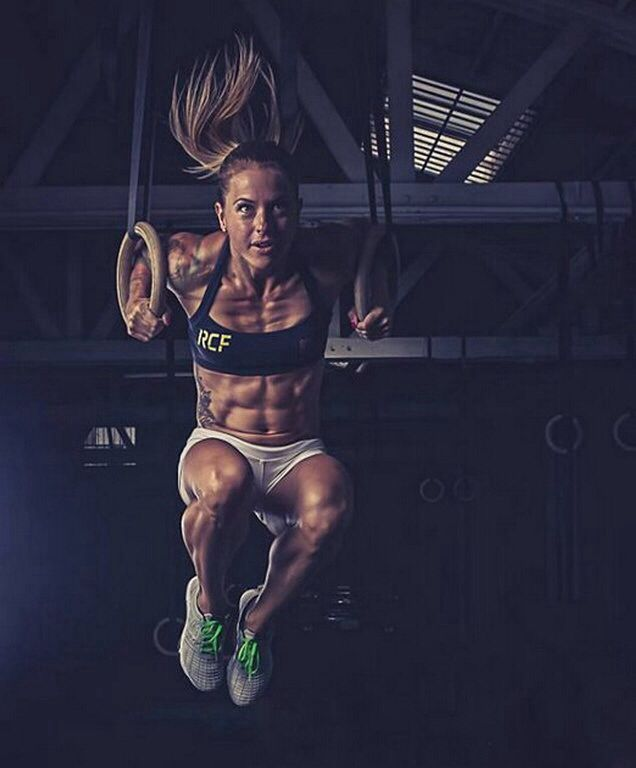 Look At The Definition At Verve Life We Admire The Strength Crossfitters Exhibit Strong In Body And Fitness Motivation Body Building Women Christmas Abbott