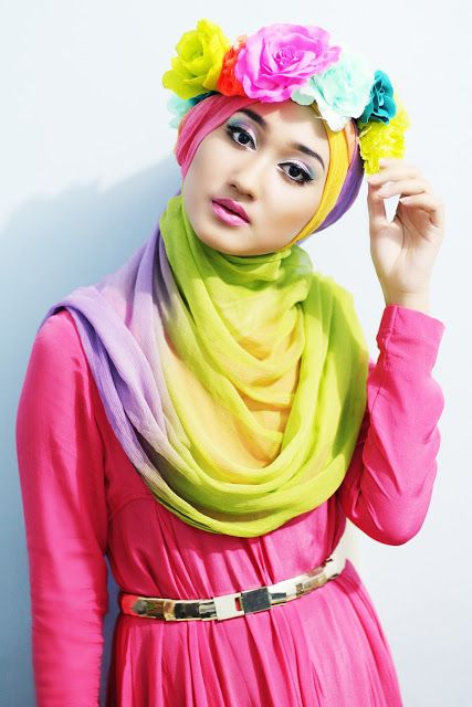 dianpelangi hijab style: rainbow floral crown
