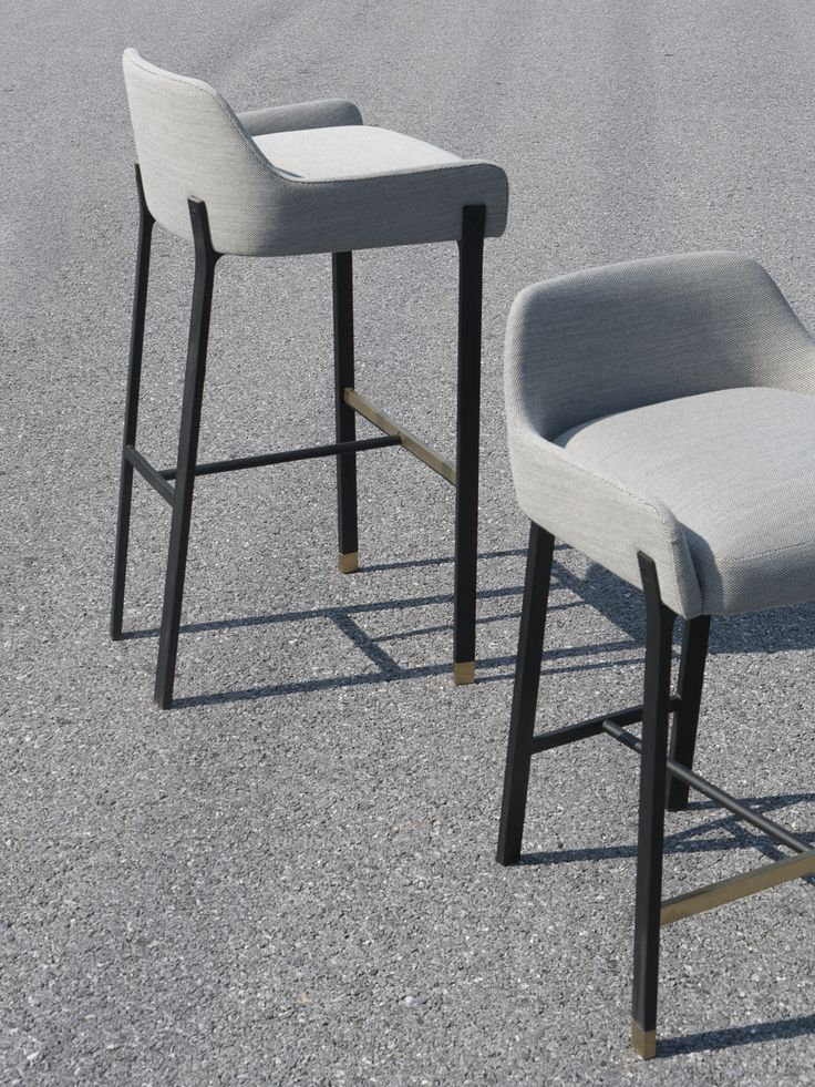 code: BL-S610-610 dimensions: W516 X D496 X H727mm Seating Height: 610mm materials: Powder coated steel frame, Brass plated stainless steel, Upholstered frame