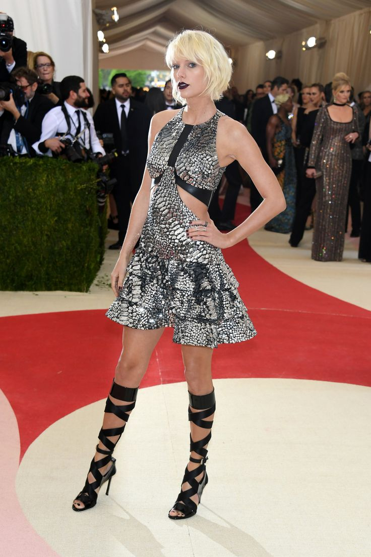 "Taylor Swift in Louis Vuitton at the 2016 Met Gala for ""Manus x Machina: Fashion in an Age of Technology."" Photo by Getty Images"