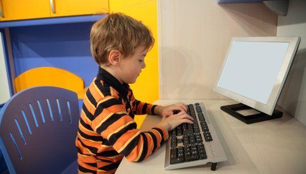 Не знаете, как привить интерес к предмету и улучшить успеваемость в школе? Попробуйте услугу английский язык по скайпу для детей! Вводный урок проводим бесплатно!