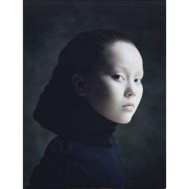 Desiree Dolron - Xteriors II, 2001, uit de serie Xteriors; Rabo Kunstcollectie.