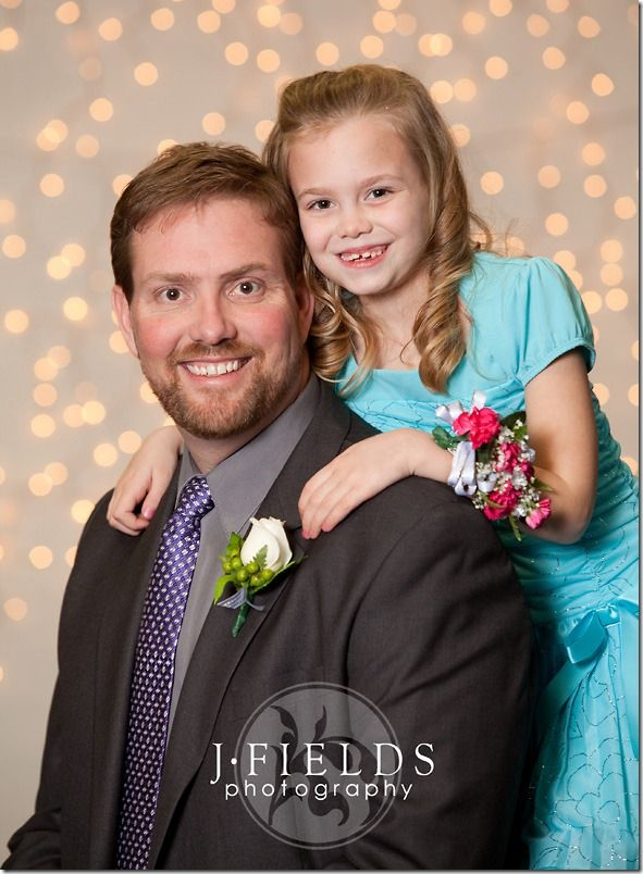 Good Pose For Daddy Daughter Dance