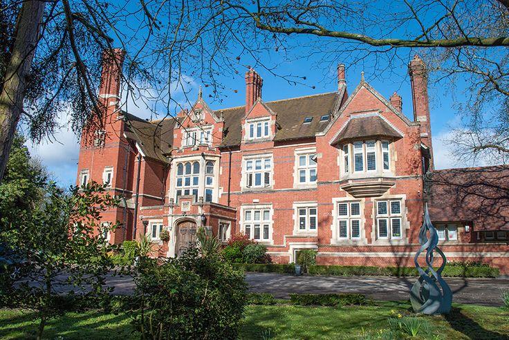 Berwick Lodge   Country wedding venues Bristol