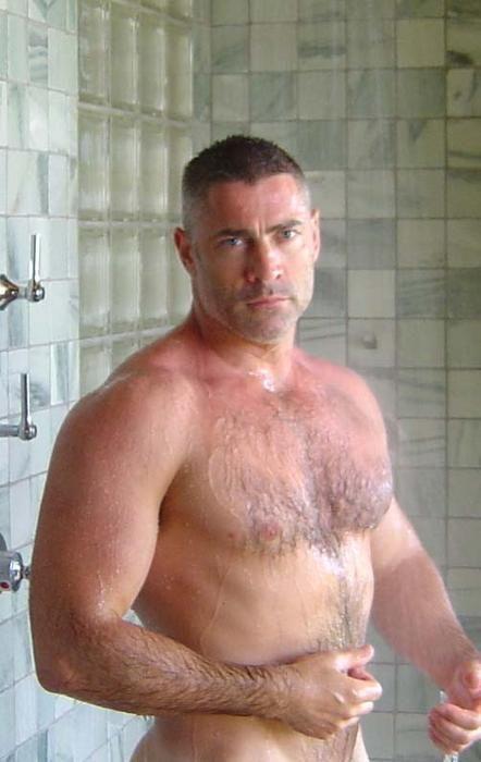 Beefy Guys Showering