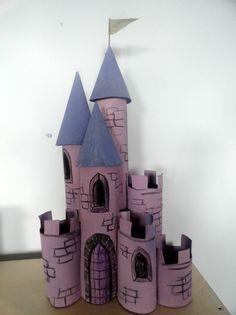 recycler le rouleau de papier toilette, château avec rouleaux de papier toilette