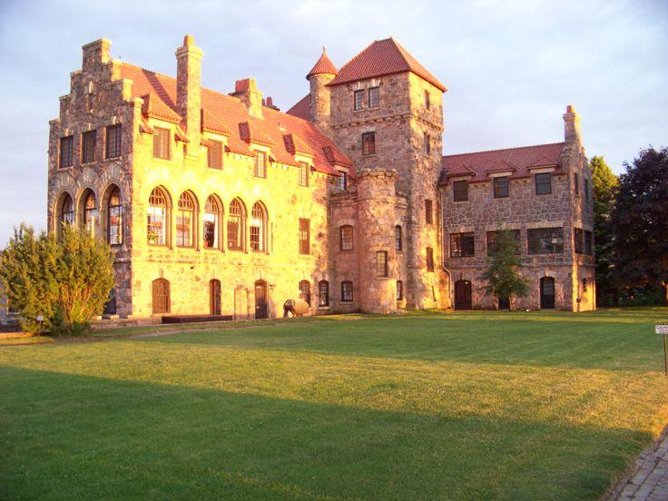 Singer Castle at sunset