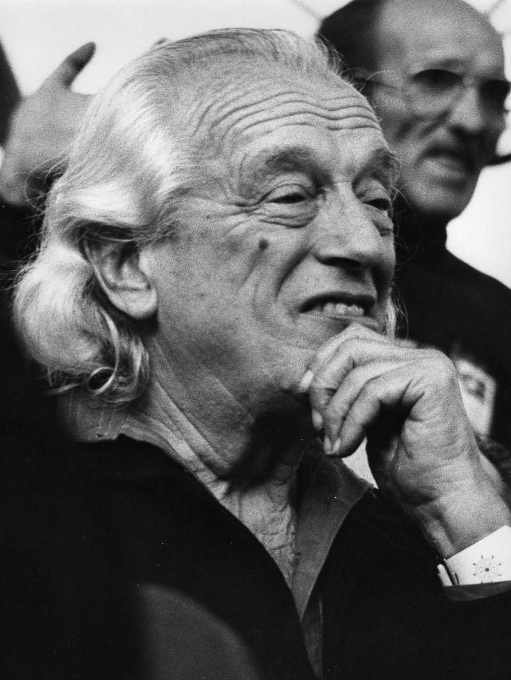 RAFAEL ALBERTI. Poeta español, miembro de la Generación del 27.