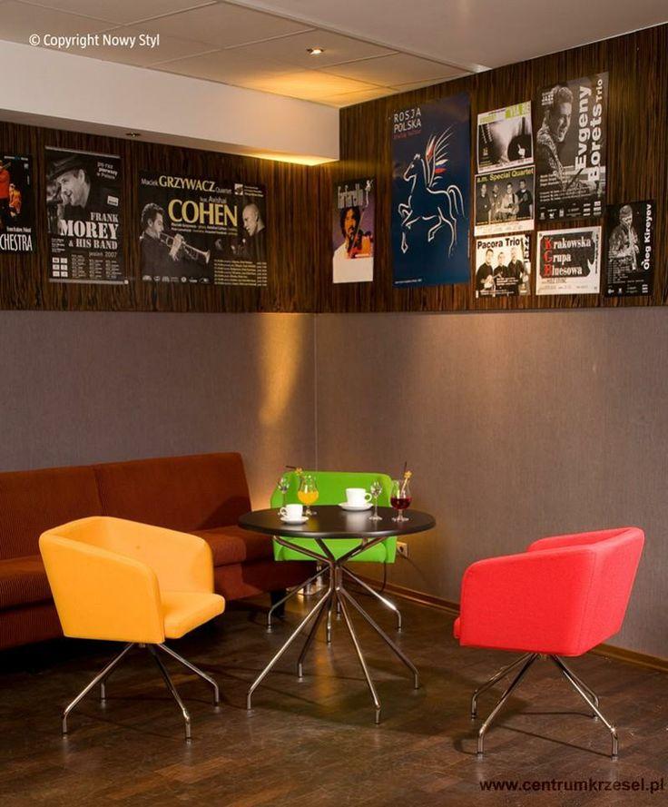 Fotel Hello #fotel #krzeslo #bar #kawiarnia #restauracja #aranzacja #design #chair #barstool #coffee #restaurant #interior #furniture #comfort