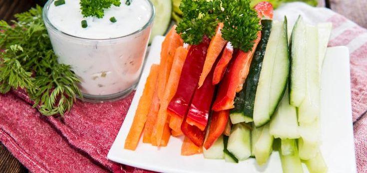 TOP 10: Zdrowe przekąski na lato - warzywa