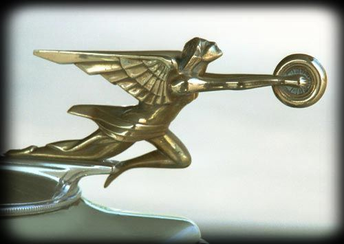 1932 Packard Light 8 Coupe