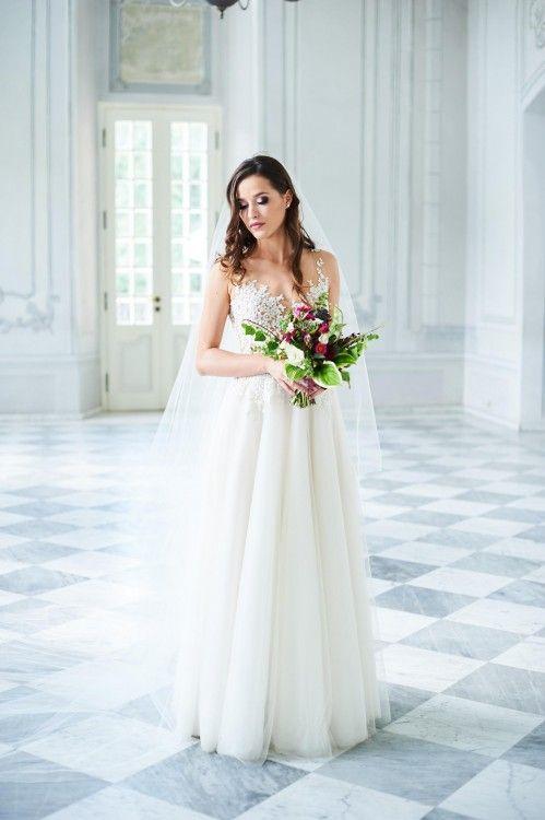 104baa51b9 Suknia ślubna