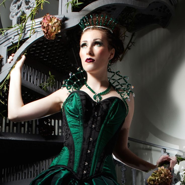 'Envy' ~ Emerald Swarovski Crystal Necklace with Queen Collar and matching Crown ! Seven Deadly Sins shoot, 2014