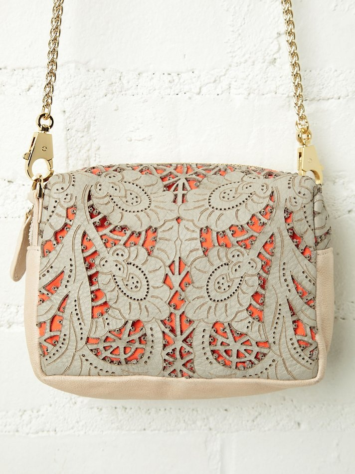 #trytoDIY - Be & D Pippa Lace Crossbody via Free People Clothing
