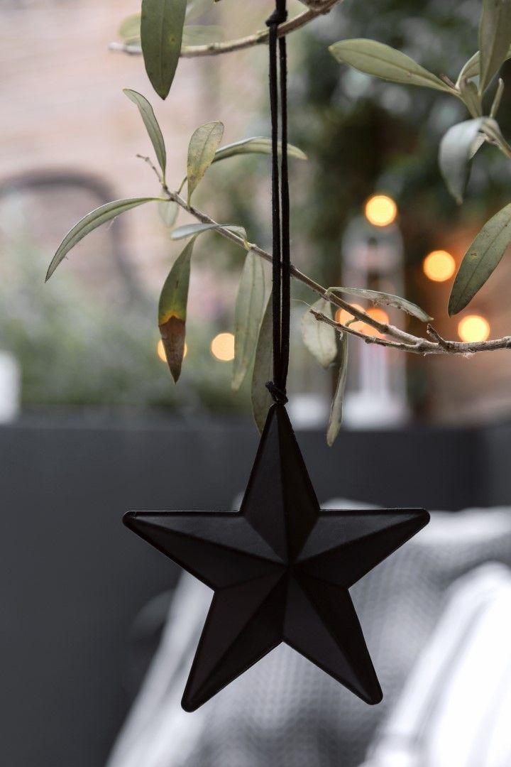 Glacier | Christmas Inspiration | Black Star | Christmas Star