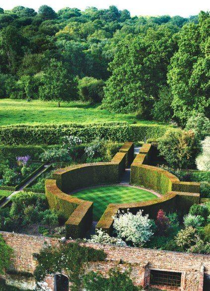 76 best formal gardens images on pinterest beautiful for Formal japanese garden