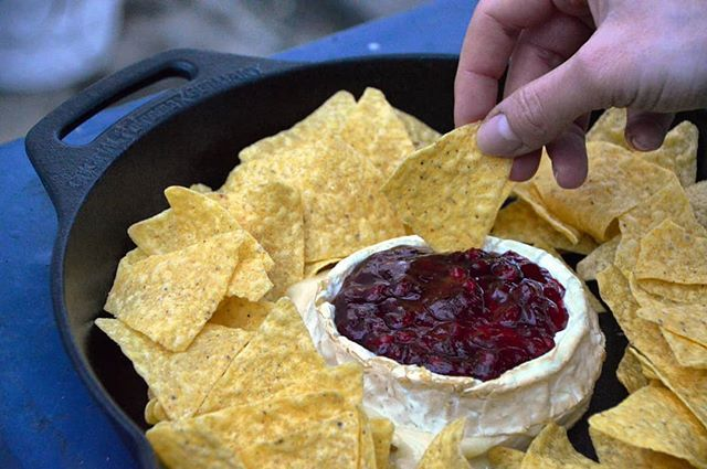 Walnut smoked Camembert cheese with Cranberries topping and salted Nachos.  - #smoked #smoker #smoke #camembert #cheese #cranberries #nachos #dip #foodpics #foodblogger_de #blogger_de #landmann #food #nomnom #yummy #dessert #grill #grilled #barbecue  #bbqblog #bbq #churrasco #asado #recipe #nomnom #foodporn #delish #eatingfortheinsta