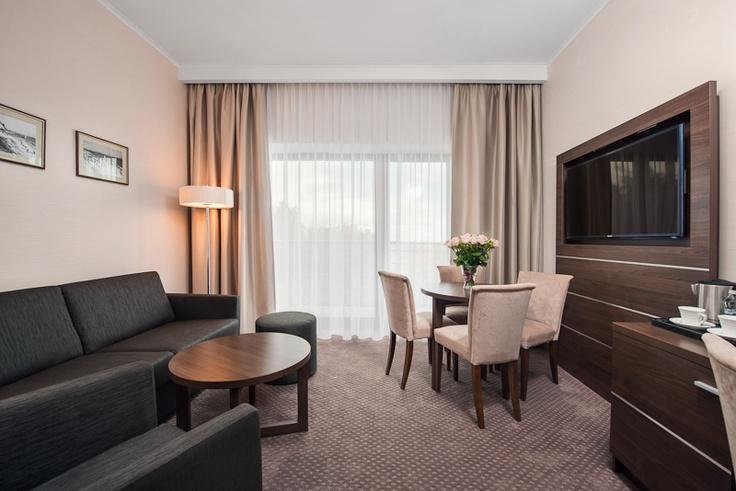 www.dobryhotel.com; www.rozanygaj.pl; www.villaaqua.pl; www.sedan.pl; www.hotelarkonpar...; www.hotelbonum.pl; www.hotelgrandcru.pl; www.hotelunicus.pl