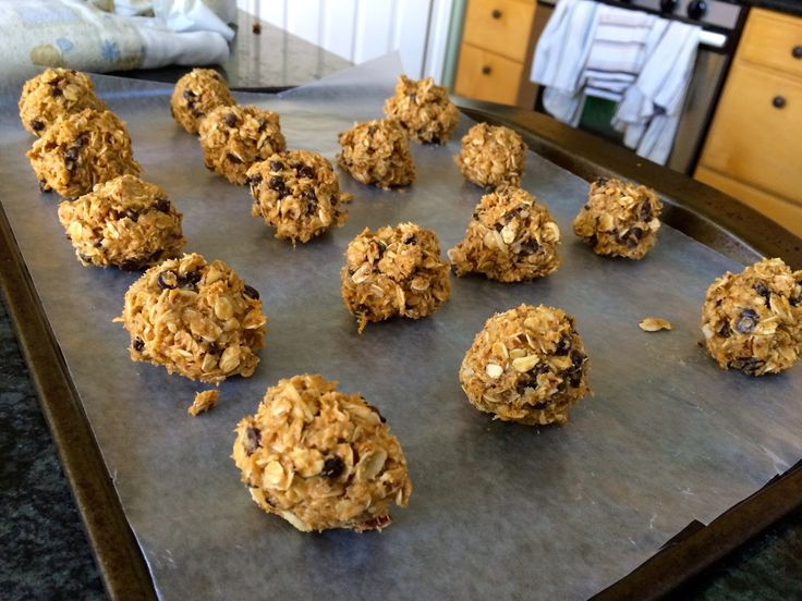 No-bake Protein Energy Bites!! So good and so so easy to make!!