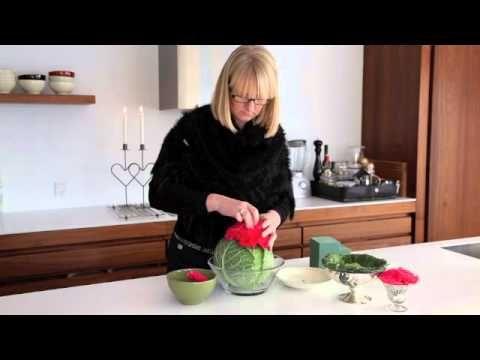 Blomsterideer.dk - DIY blomsterdekoration med savoykål og nelliker. Rigtig god fornøjelse.