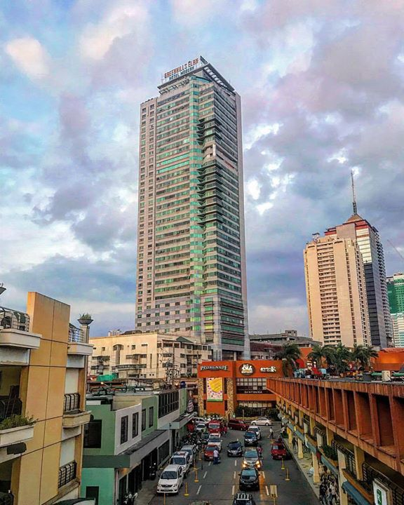 Greenhills Elan Hotel Modern one of the structural landmarks at Annapolis St in San Juan City. At the top you'll have a 360-degree view of Quezon City San Juan City Manila Mandaluyong & even a little of Ortigas-Pasig CBD. #therealestategroupphilippines #philippinerealestate #sanjuanrealestate #GreenhillsElan #greenhillselanhotelmodern