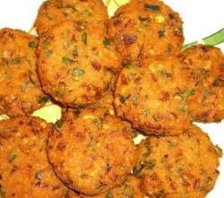 Potato Vadai- 4 potatos  2 chopped green chili  2 tsp basen flour  2 tsp chopped curry leaves  1 tsp chopped coriander leaves  1 cup oil  Salt to taste.  http://www.indiafoodrecipes.in/potato-vadai/