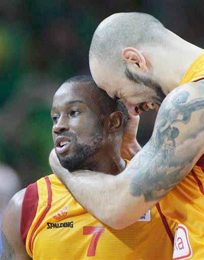 Macedonian Basketball Heroes ...  Lester Bo McCalebb & Pero Antic
