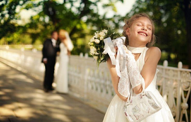 «Свадьба — это когда ты заходишь за девочкой, чтобы с ней погулять, и больше не возвращаешь её родителям». Ярик, 6 лет http://reallyniceone.com/ustami-mladentsa/