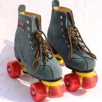 NEW Unisex Adult Classic Quad Roller Skates Boots Outdoor Indoor 4 Wheels Roller Shoes