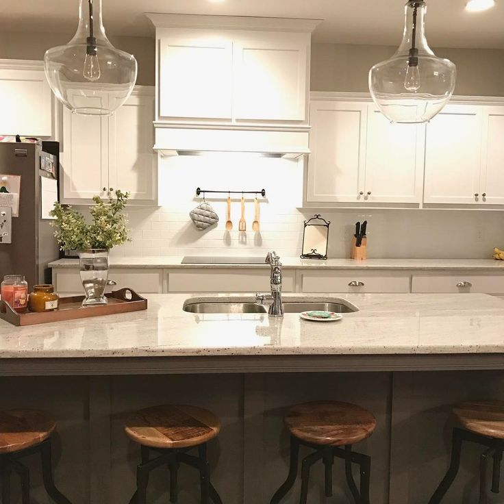 River White Granite Bathroom: 25+ Best Ideas About River White Granite On Pinterest