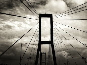 The Oduvanchik Project - Google+   Suramadu Bridge, East Java, Indonesia.