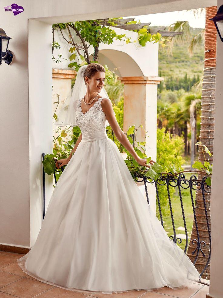 Pétillante, collection de robes de mariée - Point Mariage http://www.pointmariage.com/