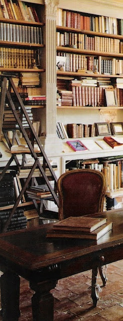 ~linen & lavender: Chateau de Gignac, Image 10 - I love library ladders, want one in our home office which is lined with bookshelves. I'm only 5', can never reach the top shelves!