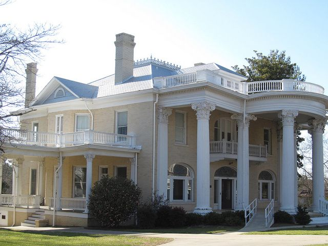 10 best images about old homes on pinterest charleston for Carolina island house cost to build