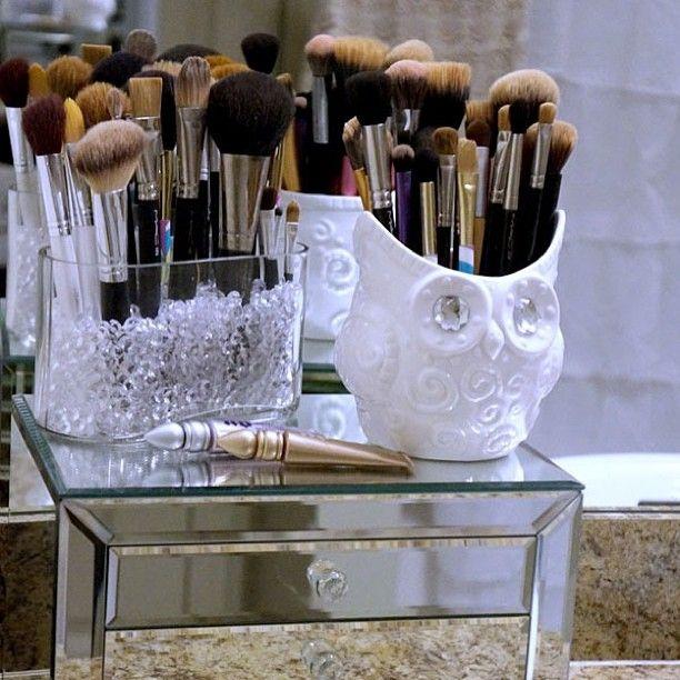 My Makeup Brushes - Storage     Makeup organization    shamelesslysouthern instagram