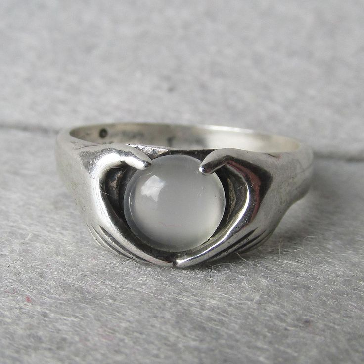 Vintage Modern Sterling Silver with Moonstone Claddagh Ring, Size 8