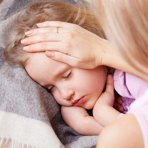 Stomatite nei bambini: cause, sintomi e cure