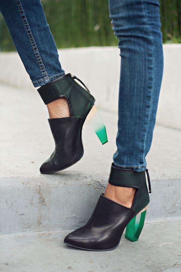 white blazer + clear heels   http://www.grasiemercedes.com/style-me-wears/white-blazer-clear-heels/