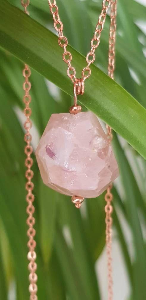 Raw Morganite Necklace Raw Crystal Necklace #morganite #crystal #necklace #jewelry