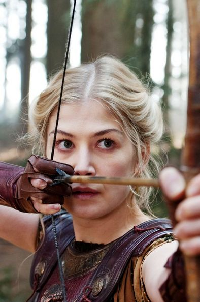 Wrath of The Titans - Rosamund Pike: Andromeda (green/ blue eyes, vanbraces, gloves, blond, archer, woman warrior, teen girl or young adult, caucasion or white)