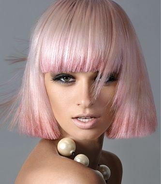 blunt cut pink hair w/ombre bangs