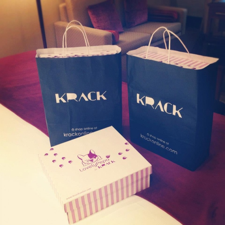 pics from second Lovely Pepa for Krack´s video #fashion #shoes