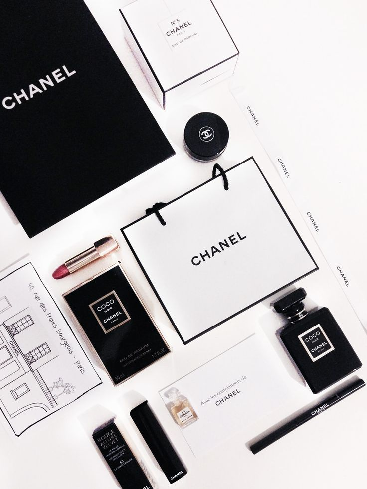 Chanel-Christmas-Party