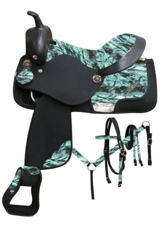 Pink Camo Double T Synthetic saddle set with camo print seat and accents